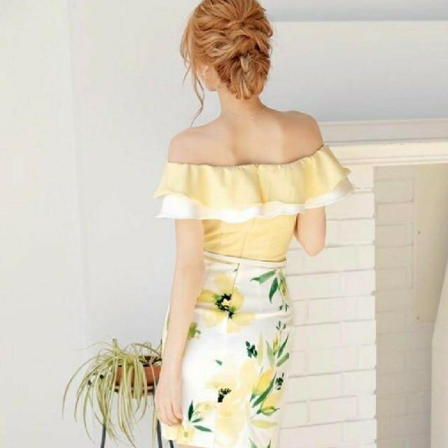 JEWELS(ジュエルズ)のJEWELS イエロー 花柄 キャバドレス レディースのフォーマル/ドレス(ナイトドレス)の商品写真