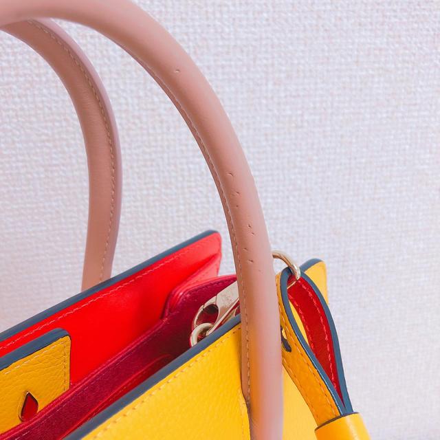 Christian Louboutin(クリスチャンルブタン)のルブタン パロマバッグ 黄色 パロマスモール レディースのバッグ(ハンドバッグ)の商品写真