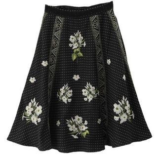 axes femme - 【axes femme】ドット柄×お花刺繍入りスカート 【ブラック】