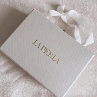 ラペルラ(LA PERLA)のラペルラ ランジェリーボックス ジュエリーボックス(ブラ&ショーツセット)