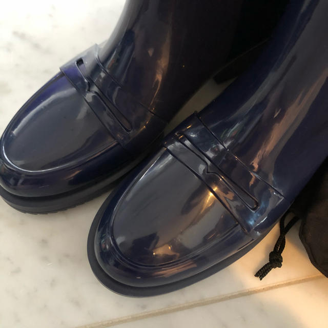N°21(ヌメロヴェントゥーノ)の新品未使用♡ ヌメロヴェントゥーノ  レインシューズ ブーツ ネイビー レディースの靴/シューズ(レインブーツ/長靴)の商品写真