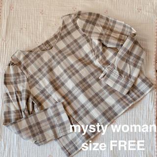 ミスティウーマン(mysty woman)のmysty woman チェックトップス(シャツ/ブラウス(長袖/七分))