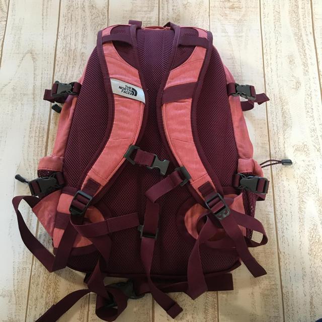 THE NORTH FACE(ザノースフェイス)のノースフェイス リュック ホットショット 美品  レディースのバッグ(リュック/バックパック)の商品写真