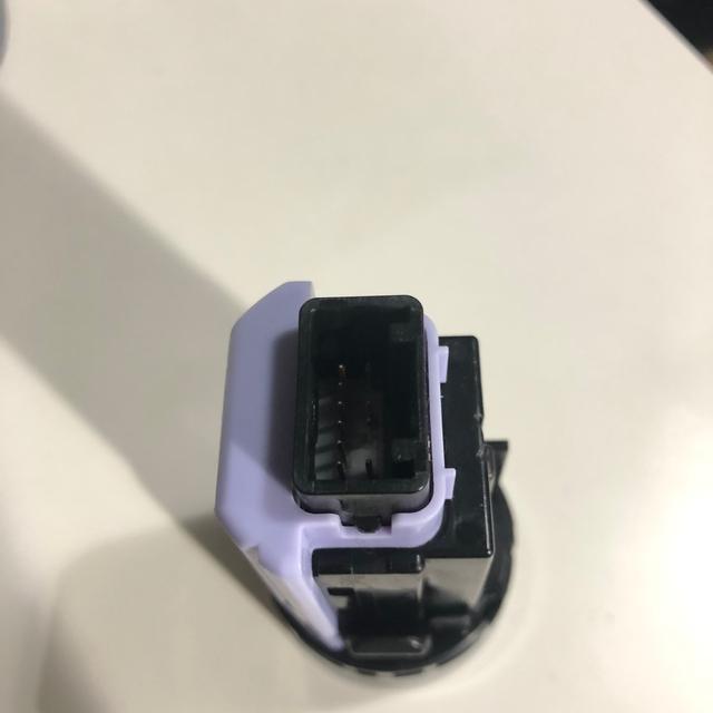 スバル(スバル)のスバル STIプッシュエンジンスイッチ 自動車/バイクの自動車(車内アクセサリ)の商品写真