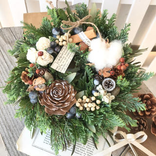 クリスマスリース 木の実のリース natural wreathe☆