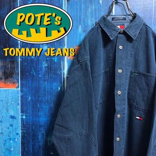 TOMMY HILFIGER - 【トミージーンズ】フラッグ刺繍ロゴ・ロゴタグメタルボタンデニムシャツ 90s