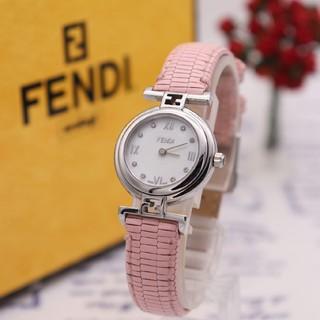 FENDI - 箱付き【新品電池】FENDI 2700L/ダイヤ8P ホワイトシェル ズッカ柄