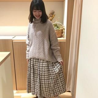 SM2 - SM2サマンサモスモス2020★タック編みタートル 新品ベージュ