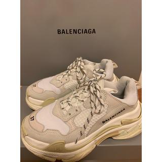 Balenciaga - バレンシアガ トリプルS スニーカー