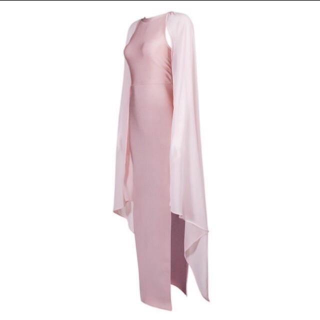 BCBGMAXAZRIA(ビーシービージーマックスアズリア)のバンテージ ロングドレス  ピンク レディースのフォーマル/ドレス(ロングドレス)の商品写真