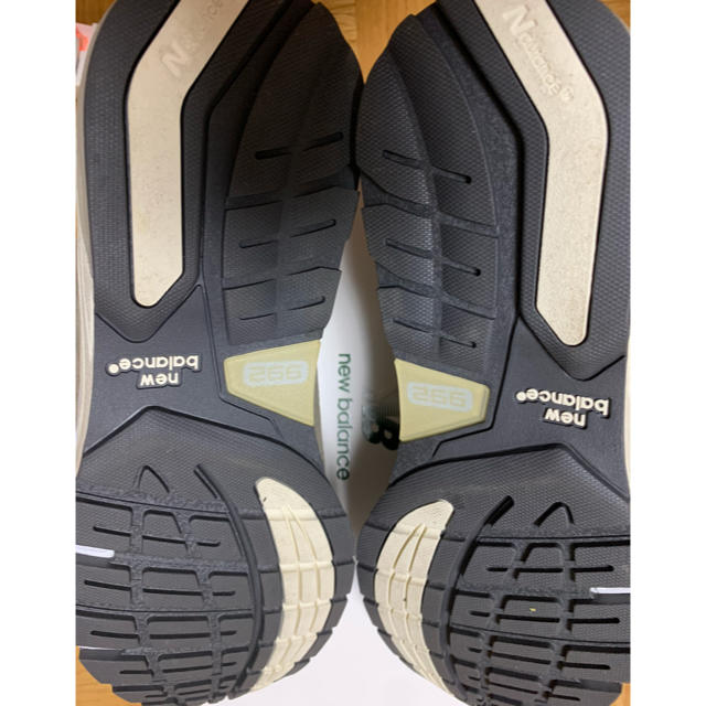 New Balance(ニューバランス)のほぼ未使用 New Blance M992 JJJJound 26cm メンズの靴/シューズ(スニーカー)の商品写真