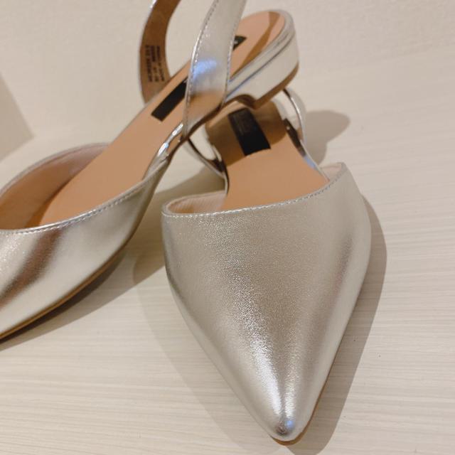 シルバー❤️ローヒールサンダル   レディースの靴/シューズ(サンダル)の商品写真