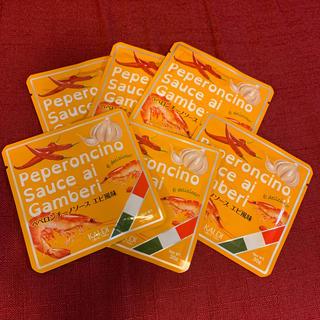 カルディ(KALDI)のKALDI ペペロンチーノソース エビ風味 6袋(インスタント食品)
