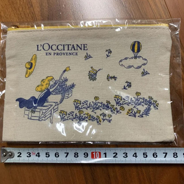 L'OCCITANE(ロクシタン)のロクシタン ノベルティ ポーチ コスメ/美容のコスメ/美容 その他(その他)の商品写真