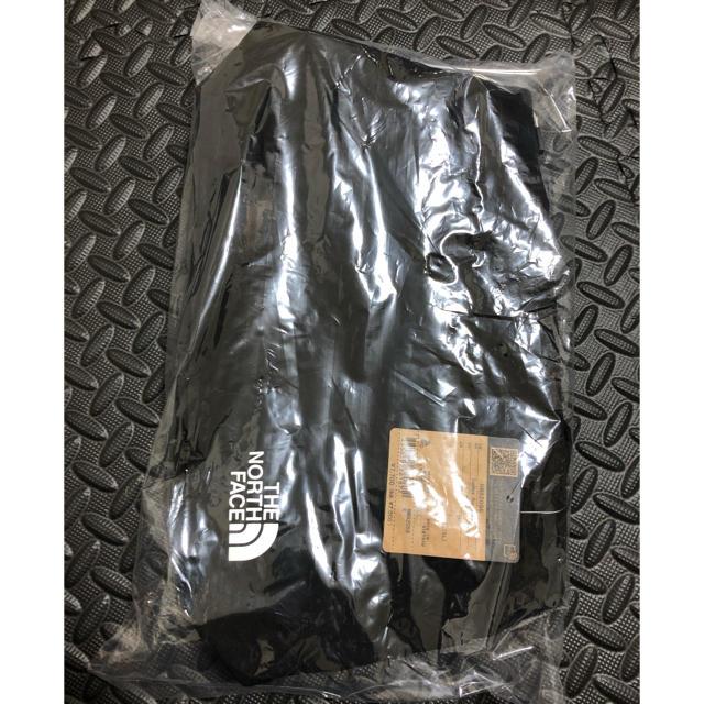 THE NORTH FACE(ザノースフェイス)のGeoface Box 黒 ジオフェイスボックストートバック NM82058 レディースのバッグ(トートバッグ)の商品写真