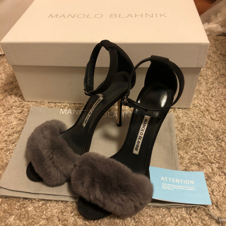 MANOLO BLAHNIK - 【未使用付属品有】Manolo Blahnik Rabbit Fur Shoes