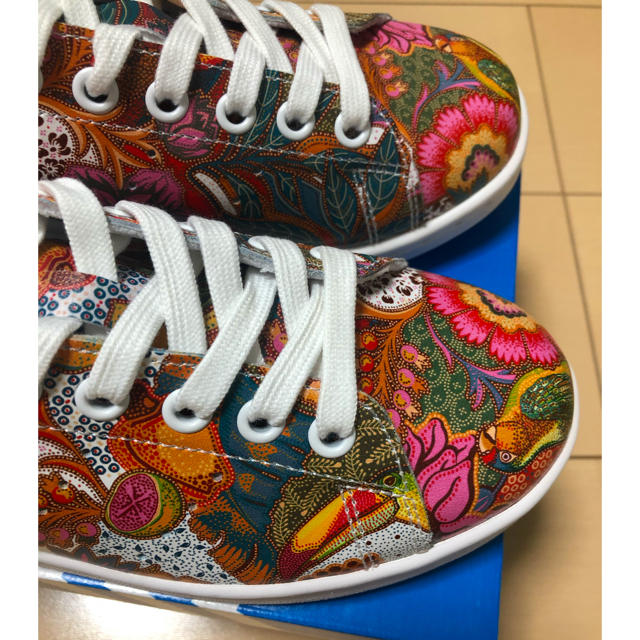 adidas(アディダス)のアディダススタンスミス ‼️ 新品未使用‼️23.5センチ‼️ レディースの靴/シューズ(スニーカー)の商品写真