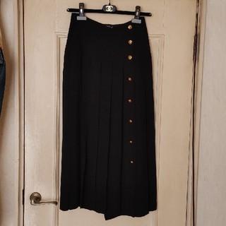 シャネル(CHANEL)の週末価格!美品!正規品★シャネル★ココマークボタン シルク プリーツスカート (ロングスカート)