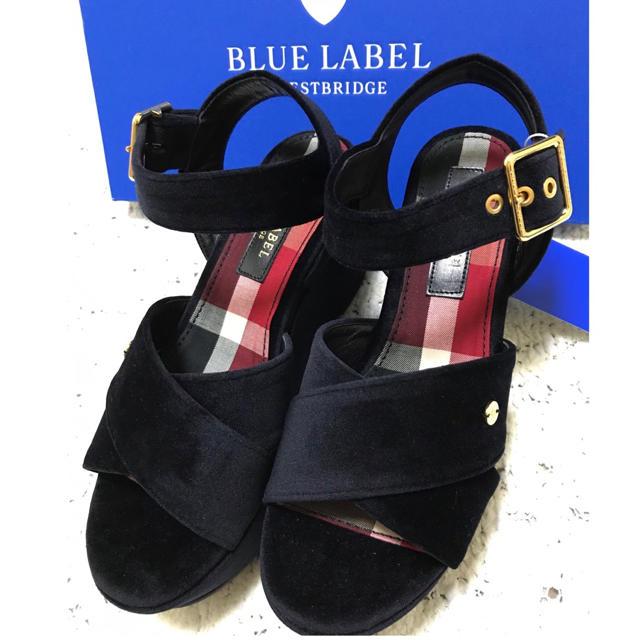 BURBERRY BLUE LABEL(バーバリーブルーレーベル)の【新品】ブルーレーベルクレストブリッジ 日本製 ベロアサンダル サイズ23㎝ レディースの靴/シューズ(サンダル)の商品写真