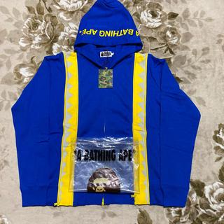 アベイシングエイプ(A BATHING APE)のAPE BAPE KAWS パーカー shark hoodie スウェット XL(パーカー)