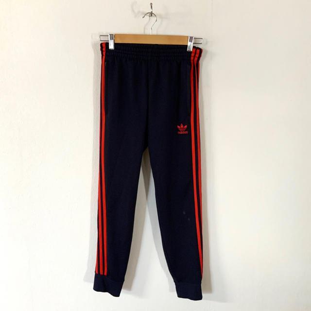 adidas(アディダス)のadidas originals スリーストライプ ジョガーパンツ メンズのパンツ(その他)の商品写真
