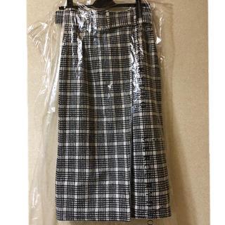 マーキュリーデュオ(MERCURYDUO)の【新品】リバーシブルIラインスカート(ロングスカート)