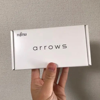 フジツウ(富士通)の[新品]arrows RX ブラック 32 GB SIMフリー 楽天版(スマートフォン本体)