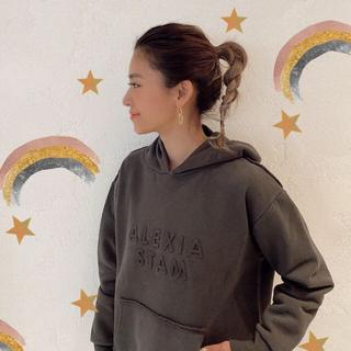 ALEXIA STAM - ALEXIA STAM emboss logo hoodie /mocha
