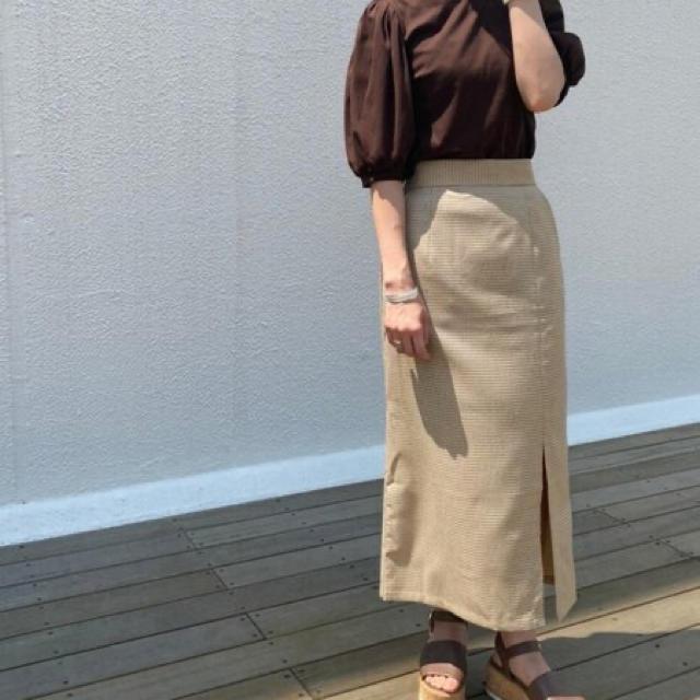one after another NICE CLAUP(ワンアフターアナザーナイスクラップ)のNICE CLAUP 極みペンシルタイトスカート ブラウンチェック レディースのスカート(ロングスカート)の商品写真