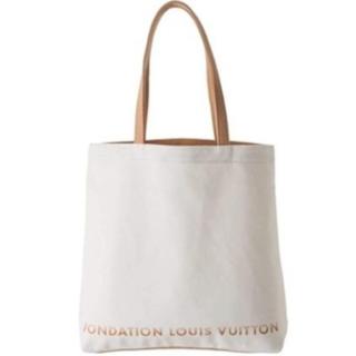 ルイヴィトン(LOUIS VUITTON)の【新品】入手困難 パリ限定 ルイヴィトン美術館 トートバッグ ホワイト(トートバッグ)