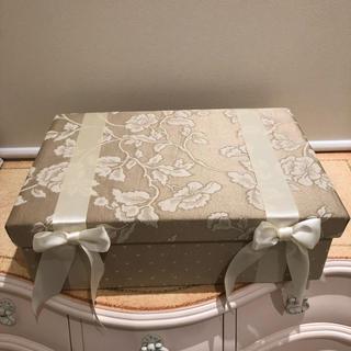 ジェニファーテイラー Heirloom BOX(小物入れ)