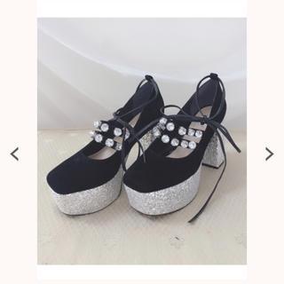 スワンキス(Swankiss)のSwankiss EV bijou velour shoes(ハイヒール/パンプス)