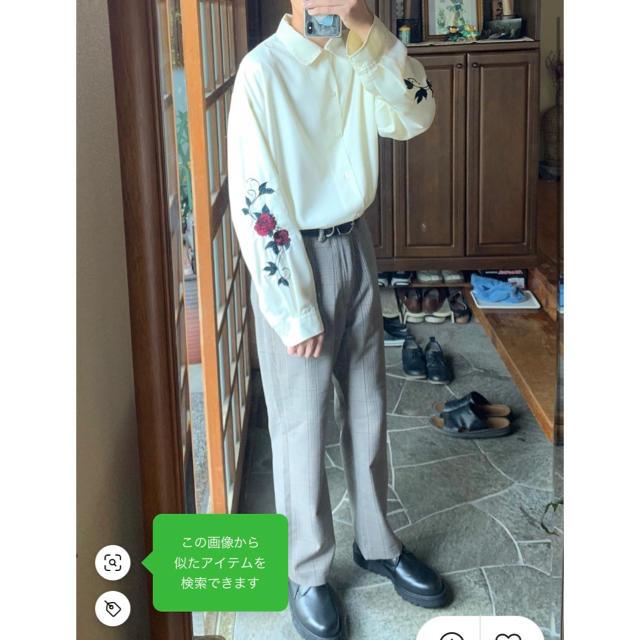 HARE(ハレ)のhare 袖刺繍 ソデシシュウシャツ バラ 薔薇 オフホワイト 希少S メンズのトップス(シャツ)の商品写真