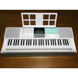 CASIO - CASIO(カシオ) 61鍵盤 電子キーボード LK-512 光ナビゲーション