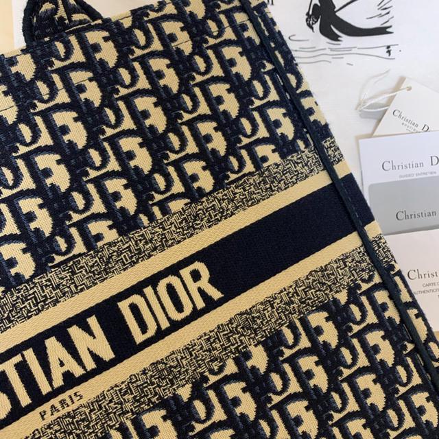 ZARA(ザラ)のノーブランドバッグ レディースのバッグ(ハンドバッグ)の商品写真