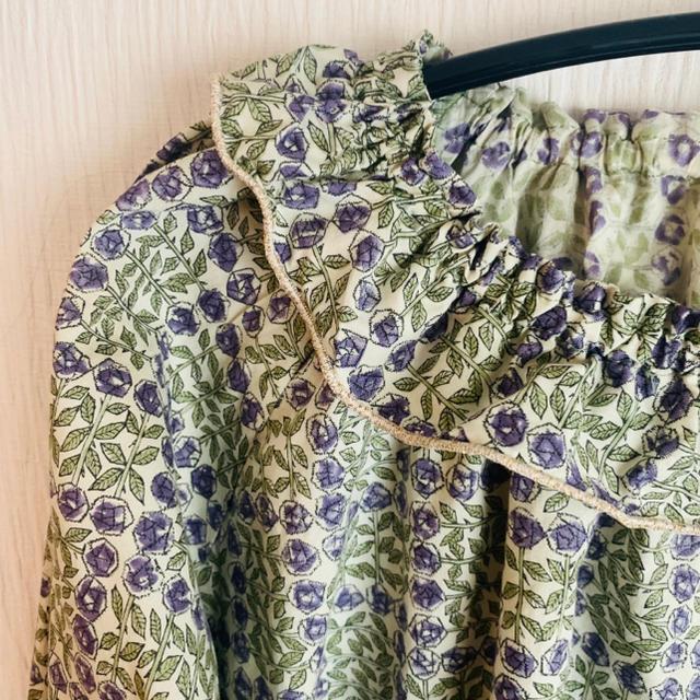 Bonpoint(ボンポワン)のリバティ スリーピングローズ フリルスモック 130 キッズ/ベビー/マタニティのキッズ服女の子用(90cm~)(ブラウス)の商品写真