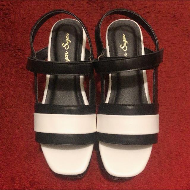 Sugar Sugar(シュガーシュガー)の新品 sugar sugar 10cm厚底 ウェッジソール サンダル 白黒 レディースの靴/シューズ(サンダル)の商品写真