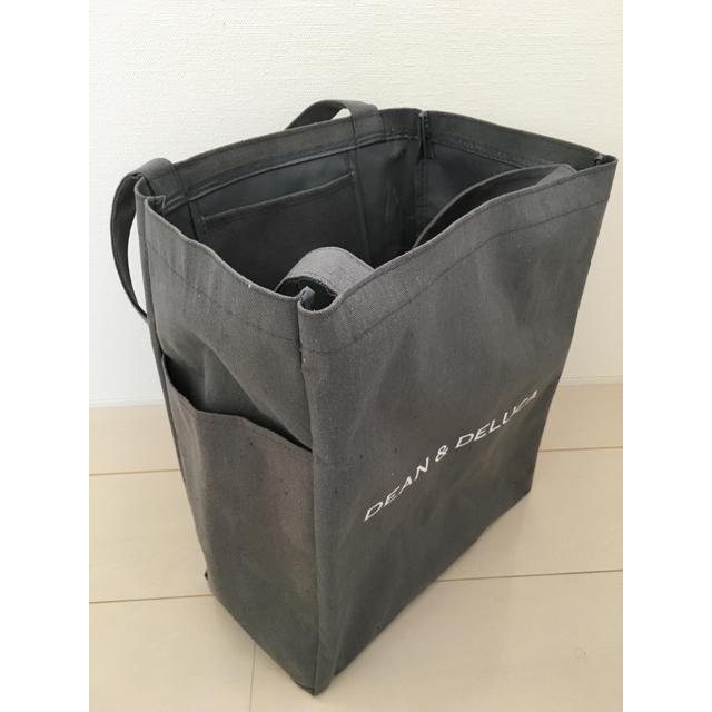 DEAN & DELUCA(ディーンアンドデルーカ)のディーンアンドデルーカ チャコールグレーデリバック レディースのバッグ(トートバッグ)の商品写真