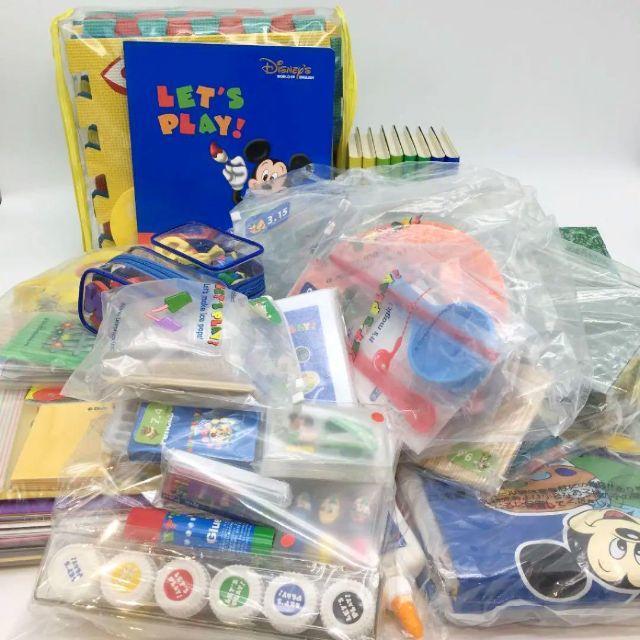 Disney(ディズニー)の2011年購入!レッツプレイDVD+プレイセット ディズニー英語システム DWE キッズ/ベビー/マタニティのおもちゃ(知育玩具)の商品写真
