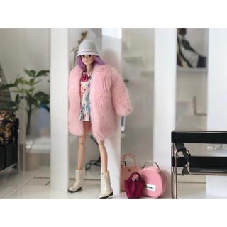 バービー(Barbie)のmomoko doll用お洋服セット バービー のファーコートの2点セット(ぬいぐるみ/人形)