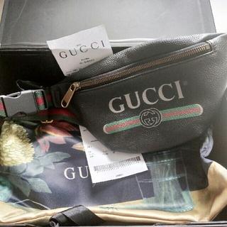 Gucci - GUCCI グッチ レザー ウエストバック ロゴ 小さいサイズ 美品