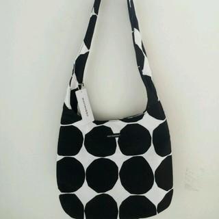 マリメッコ(marimekko)のmarimekkoのトートバッグ(手袋)