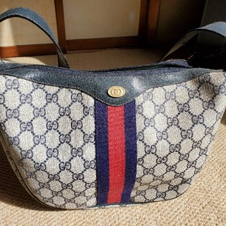 Gucci - グッチのバッグ