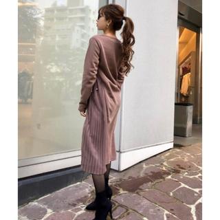 CECIL McBEE - 新品 秋冬 カジュアル可愛い サイドプリッツカット ロンワンピース くすみピンク