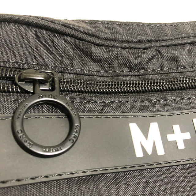 OFF-WHITE(オフホワイト)の新品 M+RC NOIR (マルシェノア) ショルダーバッグ ブラック メンズのバッグ(ショルダーバッグ)の商品写真