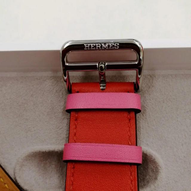 Hermes(エルメス)の廃盤色 アップルウォッチ HERMES レザーベルト Apple Watch レディースのファッション小物(腕時計)の商品写真
