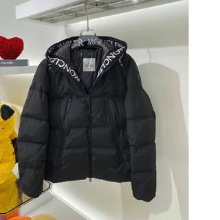 MONCLER - 冬物★大人気Monclerダウンジャケット/帽子付き 男女兼用