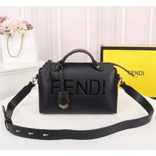 FENDI - フェンディ ショルダーバッグ