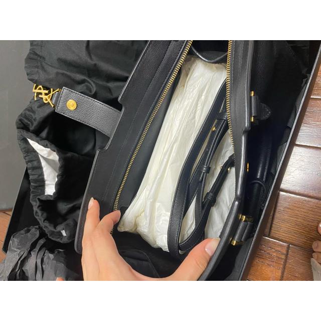 Saint Laurent(サンローラン)のイヴサンローラン カバス レディースのバッグ(ハンドバッグ)の商品写真