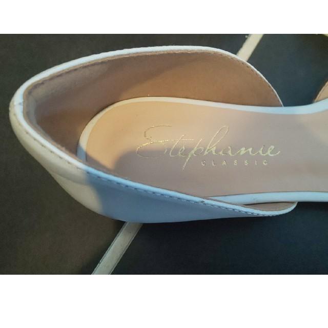 Spick and Span(スピックアンドスパン)のスピックアンドスパン パンプス 白 22.5 レディースの靴/シューズ(ハイヒール/パンプス)の商品写真